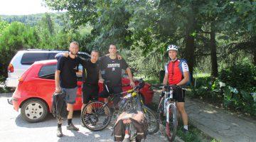 Bicliklom do Avali